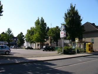Adenauerplatz Hochneukirch 026